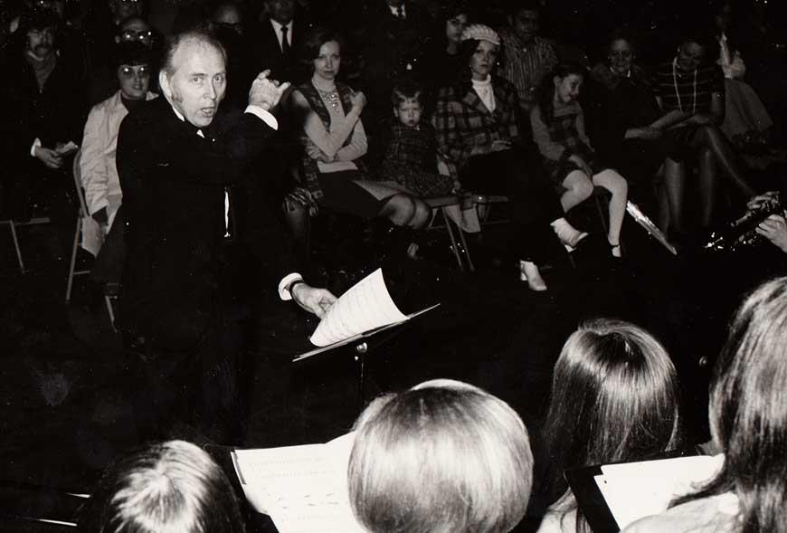 Dean Arlton directing the choir
